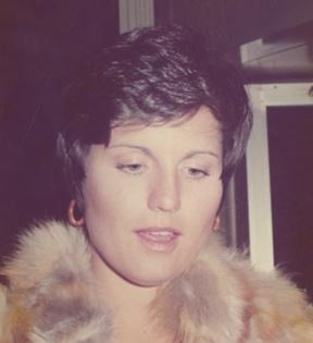 Lucie Arnaz (Peter Warrack)