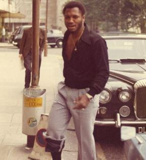 Joe Frazier (Peter Warrack)