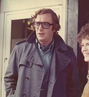 Michael Caine (Peter Warrack)