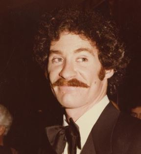 Kevin Kline (Peter Warrack)