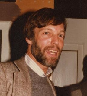 Richard Chamberlain (Peter Warrack)
