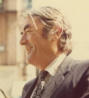 Gregory Peck (Peter Warrack)