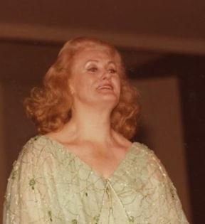 Joan Sutherland (Peter Warrack)