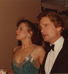 Michael Douglas & Kathleen Turner (Peter Warrack)