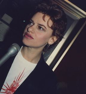 Sandra Bernhard (Peter Warrack)