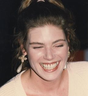 Kelly McGillis (Peter Warrack)