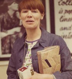 Glenda Jackson (Peter Warrack)