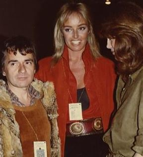 Dudley Moore (Peter Warrack)