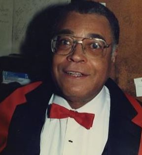 James Earl Jones (Peter Warrack)