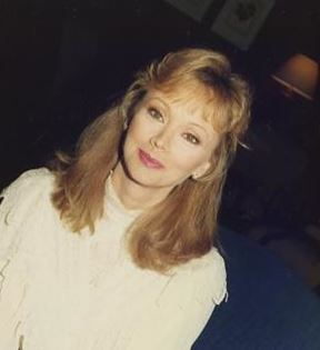 Shelley Long (Peter Warrack)