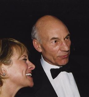 Patrick Stewart (Peter Warrack)