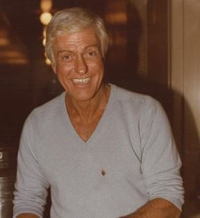 Dick Van Dyke (Peter Warrack)