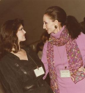 Jacqueline de Ribes & Lynda Carter (Peter Warrack)