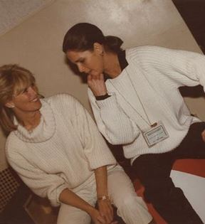 Ali MacGraw & Linda Evans (Peter Warrack)
