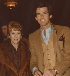 Pierce Brosnan & Julie Harris (Peter Warrack)