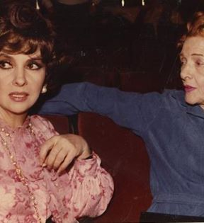 Gina Lollobrigida & Myrna Loy (Peter Warrack)