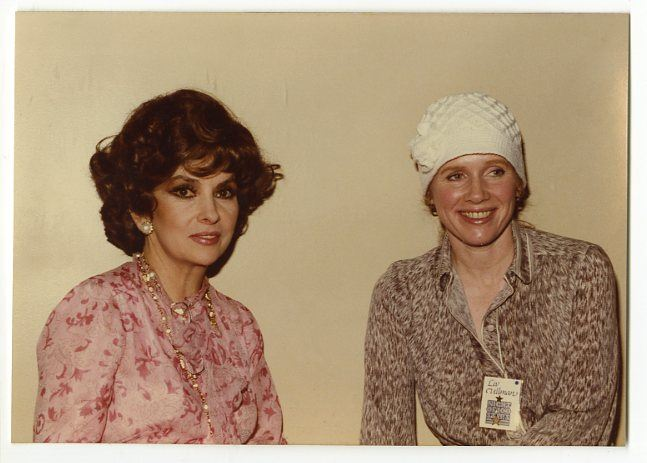 Gina Lollobrigida & Liv Ullman (Peter Warrack)