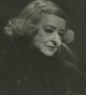 Bette Davis (Peter Warrack)