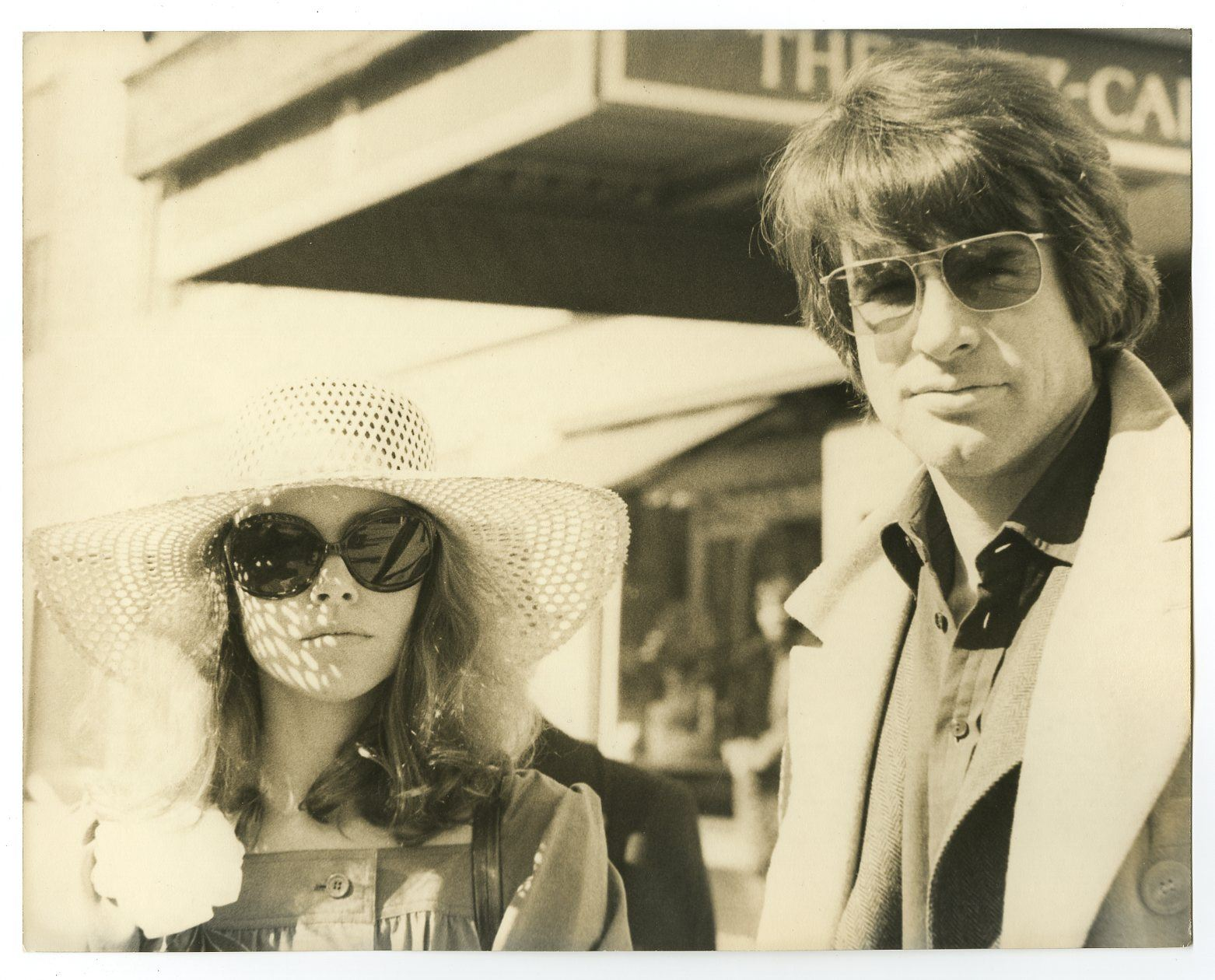 Warren Beatty and Michelle Phillips (Peter Warrack)