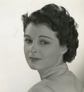 Ruth Hussey (Clarence Sinclair Bull)