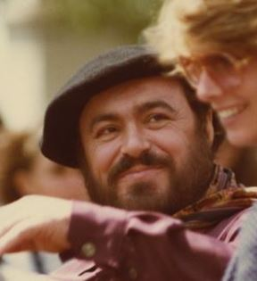 Luciano Pavarotti (Peter Warrack)