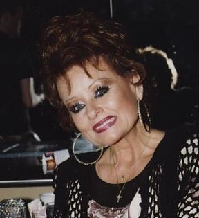 Tammy Faye Bakker (Peter Warrack)