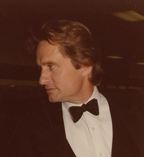 Michael Douglas (Peter Warrack)