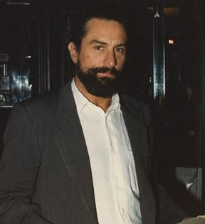 Robert DeNiro (Peter Warrack)