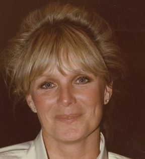 Linda Evans (Peter Warrack)