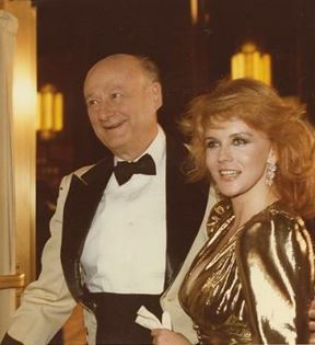 Ann-Margret & Ed Koch (Peter Warrack)