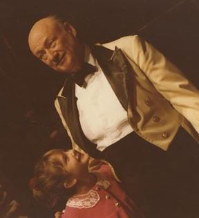 Drew Barrymore & Ed Koch (Peter Warrack)