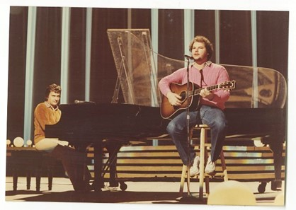 Dudley Moore & Christopher Cross (Peter Warrack)