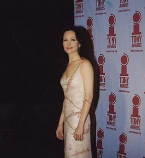 Bebe Neuwirth (Peter Warrack)