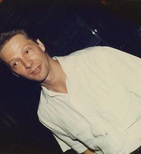 Chris Cooper (Peter Warrack)
