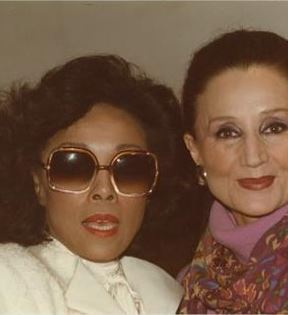 Jacqueline de Ribes & Diahann Carroll (Peter Warrack)