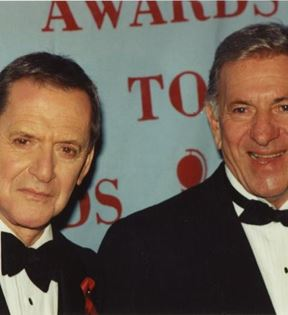 Jack Klugman & Tony Randall (Peter Warrack)