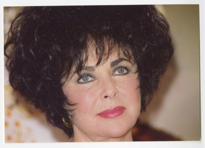 Elizabeth Taylor (Peter Warrack)