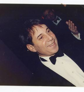 Paul Simon (Peter Warrack)